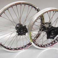 17x1,40 CRF 150 07- Framhjul